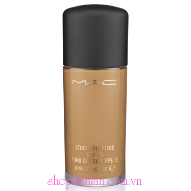 Kem nền Studio Fix Fluid SPF15